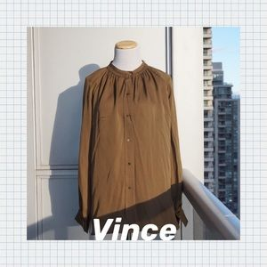 🔖 VINCE Pleated Stitch Silk Blouse Size M